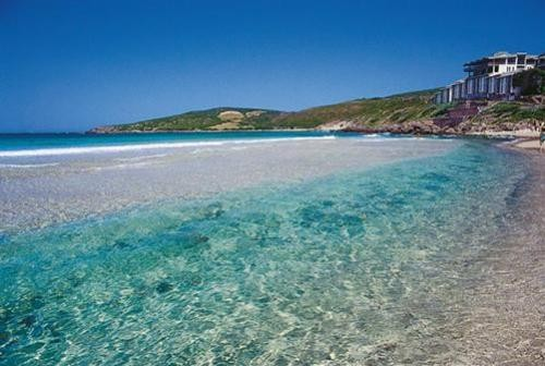 Spiaggia la caletta tutti al mare for B b budoni al mare
